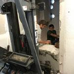Betonblöcke nach Schneidearbeiten entfernen, Zugänge Lift