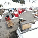 Pumpenhütte GZL abladen am Bauhofdach
