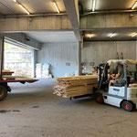 Holz von Zuger Säge abholen und abladen
