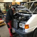 VW T4 Gaszug austauschen und Service machen