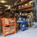 Grillholzproduktion in der Bauhofhalle