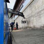 Gemeindezentrum Auffahrt Anger-Tiefgarage, Magerbeton aufbringen für Abdichtungsarbeiten