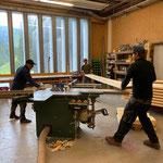 Neuen Wege-Steg vorbereiten in der Tischlerei für Lechweg