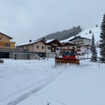 Schneeräumung Feuerwehrhaus