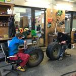 Alte Spikes entfernen Reifen Splittholder
