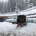 Rapid für Eisplatz Zürs aufladen