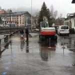 Asphalt schneiden Uferpromenade