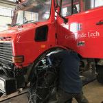 Neues Motorstaubremsen-Fußpedal einbauen in U1600