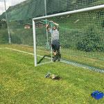 Fußballtornetze reparieren