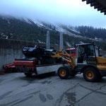 Feuerwehrprobe-Autos für Entsorgung verladen, mit LH 509