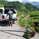 Sockel betonieren Auenfeldsattel für Wegetafeln