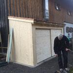 Müllhütte Gasthaus Älpele Türen anpassen