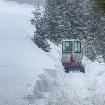TB 216, Schneeräumung Fußweg Omesberg
