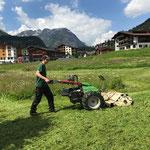 Mulchen mit Rapid für Verlegung Stromkabel Arlberg Classic Car Rally (ACCR)
