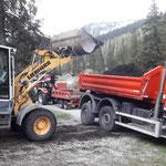 Humus laden Hoher Steg, mit Lader 509, U530 und Steyr 6190 CVT