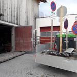Winter-Beschilderung Gemeindezentrum versorgen