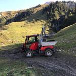 Wanderweg Zürs - Lech, Humusieren der Aufschüttung
