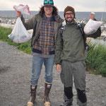 Travis & Mike mit ihrer Ausbeute
