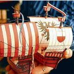 Bastelliebhaber wagen sich gern an historische Schiffsmodelle. Hier: Das Störtebecker Schiff.