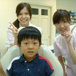 健康を守り育てる歯科医院では、子供の頃からの定期健診を重視しています。