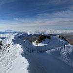 Auf dem Gipfel. Blick Richtung El Alto
