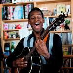 Leon Bridges - NPR Music Tiny Desk Concert (Full)