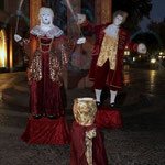 Die Double-Dolls in Mainz Fußgängerzone (Barock Puppen)