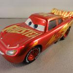 Metallic Rust Eze Racing Center McQueen (11 pack)