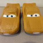 Lightning McQueen as Chester Whipplefilter Glossy V1 (L) vs. Matt V2 (R)