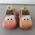 Cartney Carsper - Thailand variant 2021 (L) vs V1 (R)
