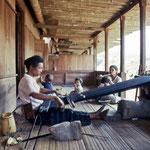 Weaving a Sarrong