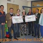 Spendenübergabe Uni-Klinik Kiel 2011