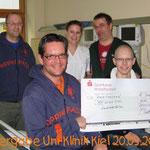 Spendenübergabe Uni-Klinik Kiel 2010