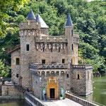 Le chateau de la roche à Saint-Priest la roche