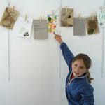 Expo de l'atelier enfants Herbier en extérieur