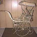 Sitz- und Liege-Kinderwagen, Deutschland, ca. 1910, Preis Sfr. 2000.-