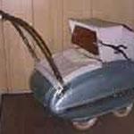 Blech Kinderwagen WISA Gloria, 50er Jahr, blau, Original-Zustand, Preis Sfr. 1300.-
