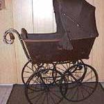 Kinderwagen Schweiz, ca. 1900, braun, Preis Sfr. 1800.-