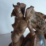 """""""Harpie"""" Sculpture grès noir sur socle terre d'expression cuisson four à bois Noborigama de """"Caco et Sylvie"""" -Juan José Ruiz dit """"Caco""""-"""
