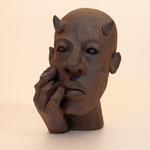 """Caco et le personnage ...""""Diable"""" Sculpture terre d'expression haute température cuisson four à bois Noborigama de """"Caco et Sylvie"""" -Juan José Ruiz dit """"Caco""""-"""