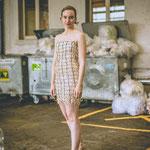 Kleid: Zündhölzer, Wolle