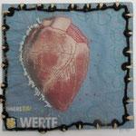 Innere Werte / Stickerei auf Zeitungsausschnitt 22 x 22 cm 2015 (verkauft)