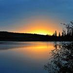 Und immer wieder übernachten wir an wunderschön gelegenen Seen.