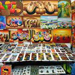 """Der berühmte Markt von Otavalo hat am Freitag einfach zu wenig Besucher. So kann man natürlich besser die """"Perlen"""" des Marktes bewundern, z.B:. diese wunderschönen Bilder."""