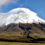Vom Hostal Tambopaxi aus können wir den Berg fast wolkenlos sehen.