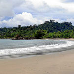Die Playa Espadilla, beides Strände mit wenig Wellen, wunderbar zum baden.