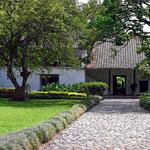Das Zuckerrohrmuseum ist eine alte Hacienda, auf der schon Humbold zu Gast war. Uns erstaunt, wie klein die Häuser sind, selbst für die alten Zuckerbarone.