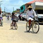 Das Fahrrad ist das übliche Transportvehikel.