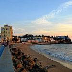 Ein (kleiner) Strandteio von Mazatlan im Abendlicht.