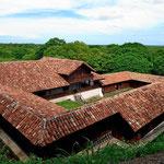 Die Hauptgebäude der alten Hacienda Santa Rosa.